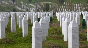 Bośnia prosi Szwajcarię o zignorowanie Serbii. Chce sądzić obrońcę Srebrenicy