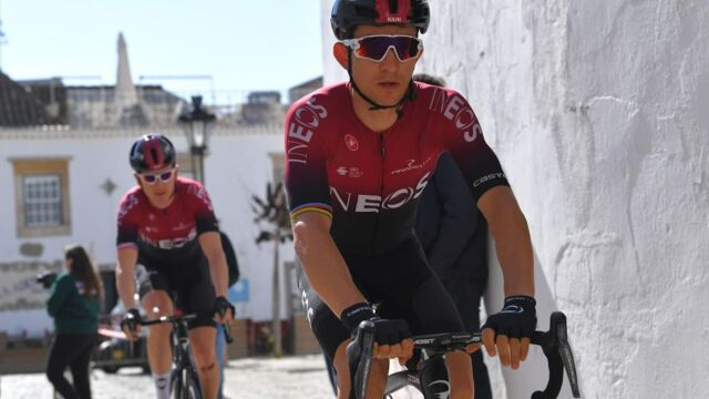 """Grupa Ineos stawia warunki. To musi być """"inteligentny i odpowiedzialny"""" Tour de France"""