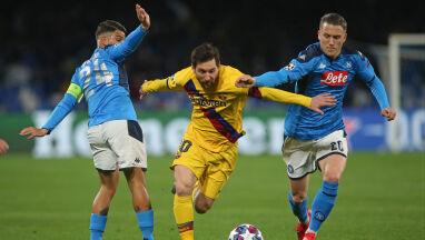 Efektowna asysta Zielińskiego w meczu z Barceloną. Sprawa awansu wciąż otwarta