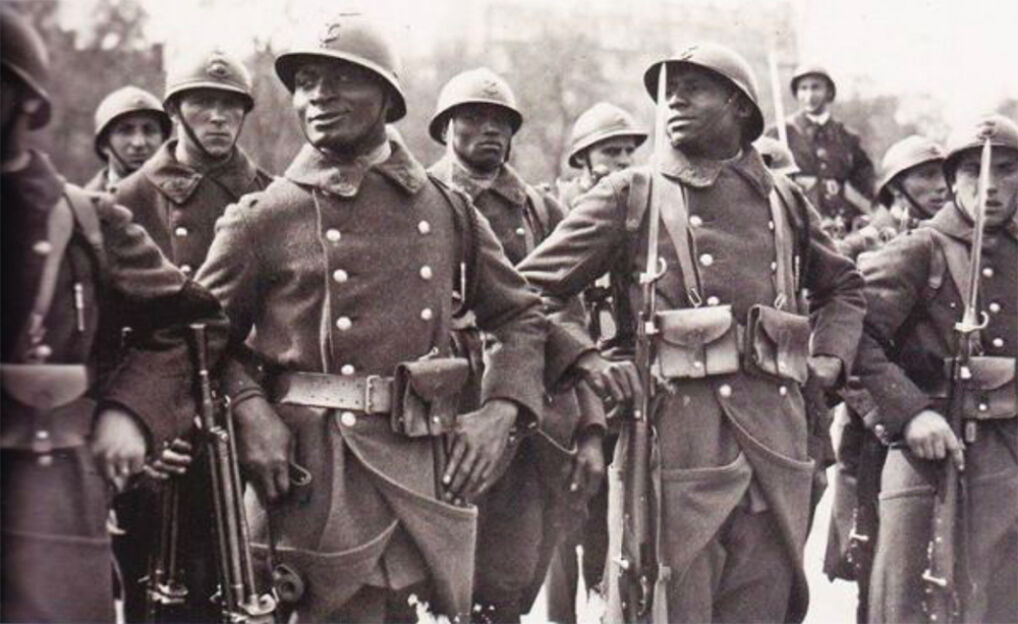 W I Wojnie Światowej poległo przeszło 20 tysięcy Afrykańczyków. Służyli przede wszystkim w jednostkach Strzelców Senegalskich.