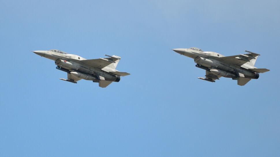 """""""Był huk i dom się zatrząsł. Myśleliśmy, że to wojna"""". Wojsko: dwa F-16 przekroczyły prędkość dźwięku"""