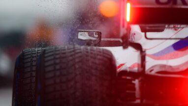Deszcz pokrzyżował szyki. Grand Prix Belgii zakończone po dwóch okrążeniach
