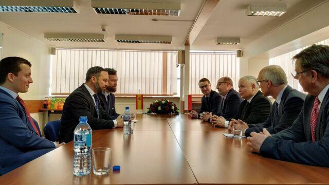 Kaczyński spotkał się z liderem hiszpańskiej partii Vox.