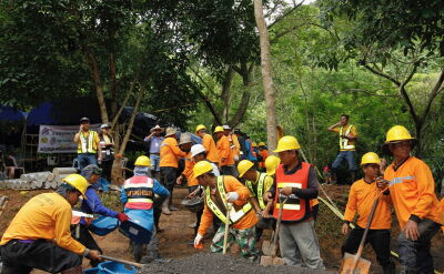 Starnawski tłumaczył, jak będzie wyglądać akcja ratunkowa tajskich chłopców, uwięzionych w jaskini