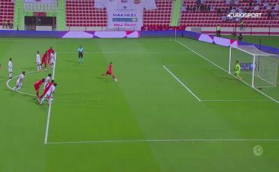 Najgorszy rzut karny 2019 roku. Piłkarz Shabab Al Ahli wywrócił się przy uderzeniu