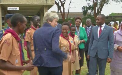 Roztańczona Theresa May w Afryce