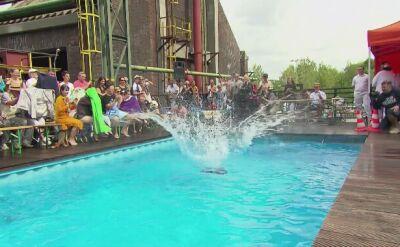 Kto wyrzuci najwięcej wody z basenu czyli skoczne zawody w Niemczech