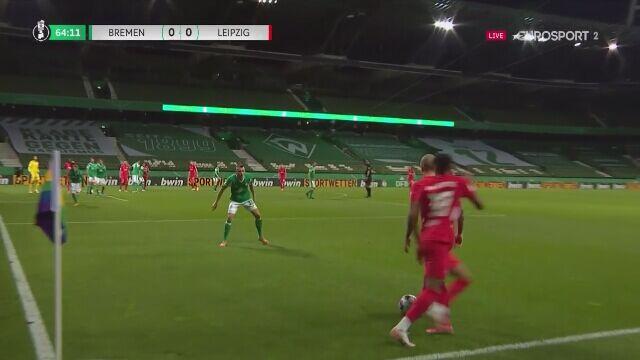 Poprzeczka ratuje Werder przed stratą bramki w półfinale Pucharu Niemiec z RB Lipsk