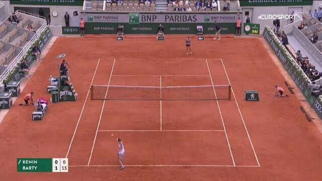 Skrót meczu Kenin - Barty w czwartej rundzie Roland Garros