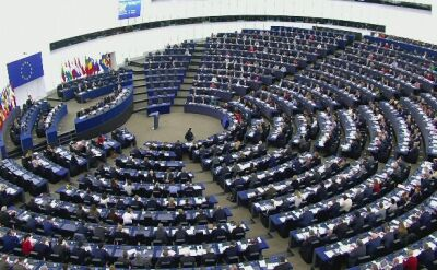 EU's Oettinger wants to tie cohesion funds to rule of law in member-states