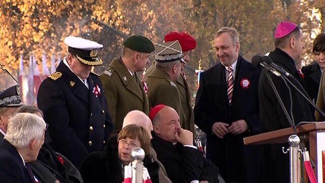 Politycy, duchowni i weterani czekają na rozpoczęcie obchodów