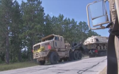 Konwój ciężkiego sprzętu wojska USA