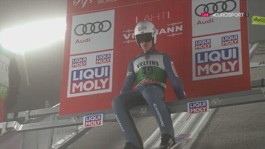 Skok Piotra Żyły z pierwszej serii konkursu w Lahti