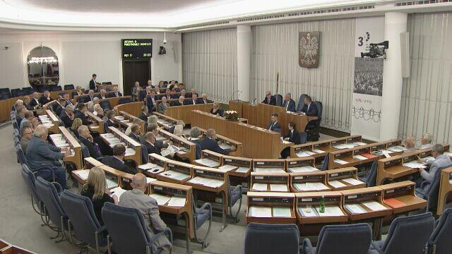 Senat poparł ustawę o komisji do spraw pedofilii