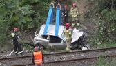 Wypadli z drogi, spadli z wiaduktu kolejowego