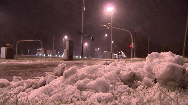 Wiatr i śnieg w Gnieźnie i Łodzi