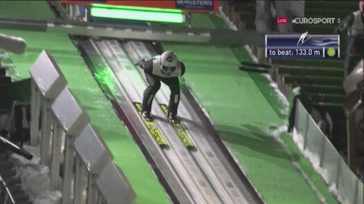 Skok Kamila Stocha z 2. serii konkursu w Sapporo
