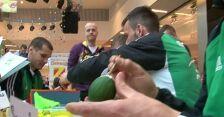 Sportowcy malują pisanki