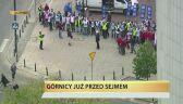 Górnicy już pod Sejmem. Czekają na słowa Kopacz
