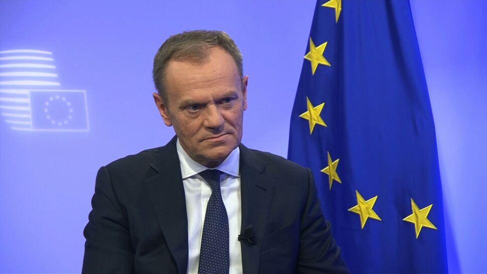"""Brexit to kolejna """"wina Tuska""""? Tak słychać z PiS, a oni patrzą Tuskowi na ręce"""