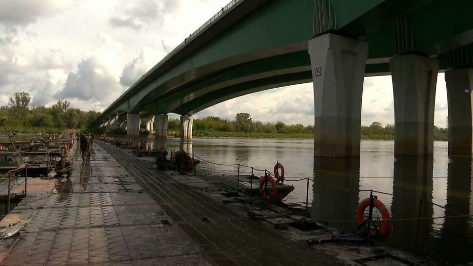 Wojsko ukończyło most pontonowy w Warszawie