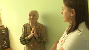 Poles donated large sums to help 99-year-old lady robbed of her savings