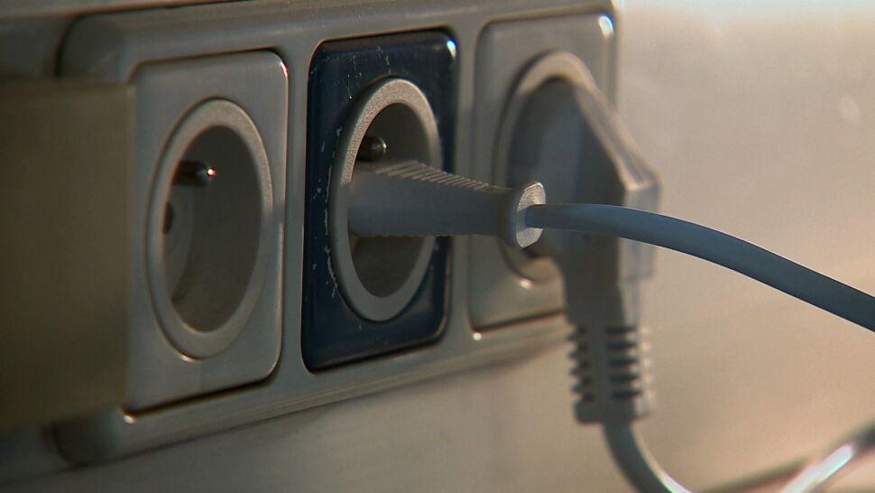 Za prąd zapłacimy jednak więcej? Prognoza NBP