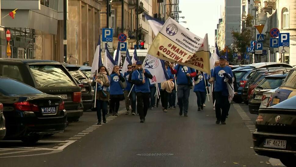 Warszawa: protest pracowników budżetówki. To już nie tylko nauczyciele