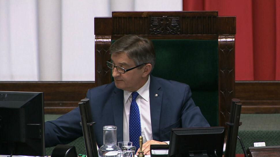 Opozycja chce znać dokładną liczbę lotów marszałka Kuchcińskiego