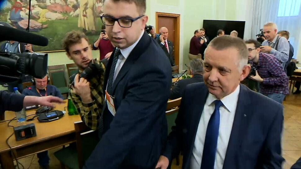 """Opozycja chce dymisji ministra Kamińskiego. """"Odpowiada za służby od czterech lat"""""""