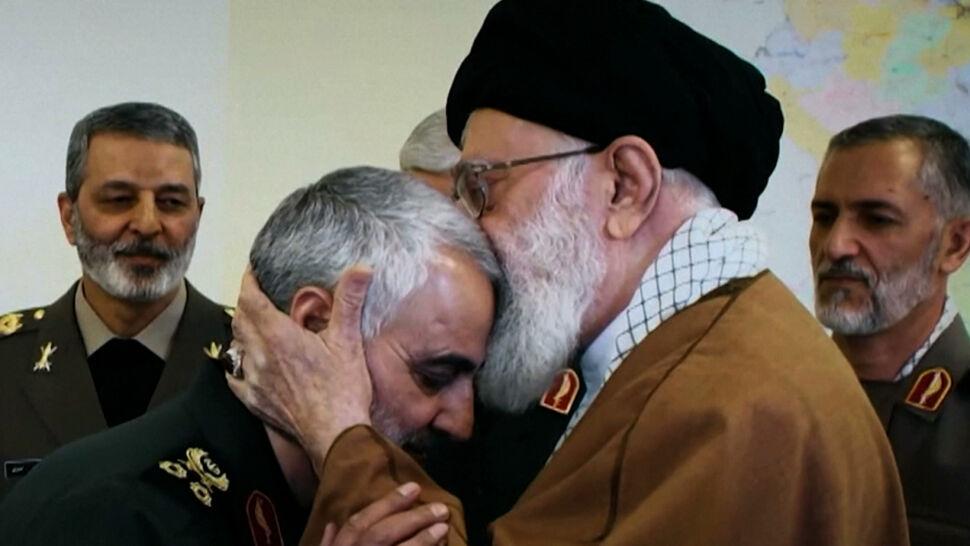 """""""Ali Chamenei sprawuje władzę w imieniu Boga"""". Kim jest najwyższy przywódca Iranu?"""