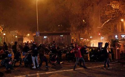 """Zamieszki w Barcelonie. """"Czuliśmy się jak w strefie działań wojennych"""""""