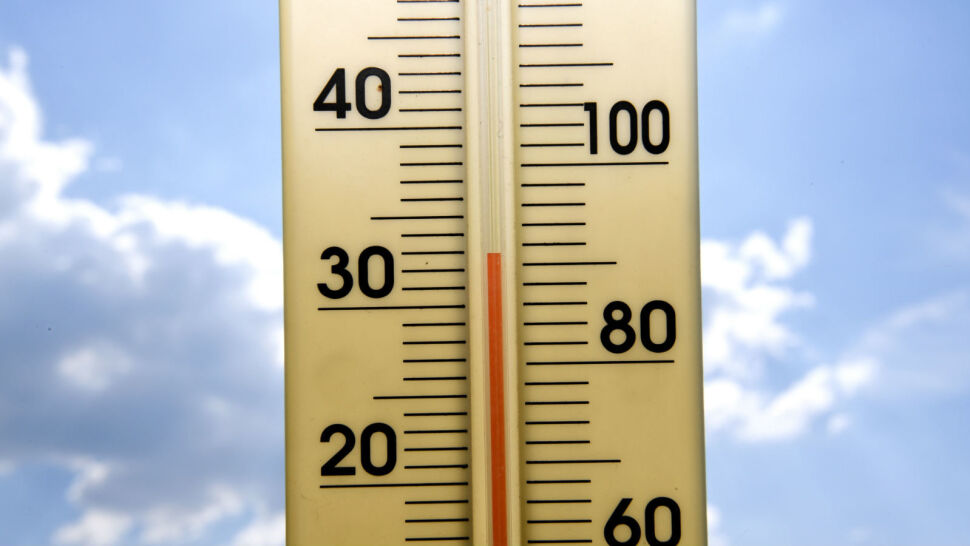 Nadchodzą upały. O czym należy pamiętać w gorące dni?