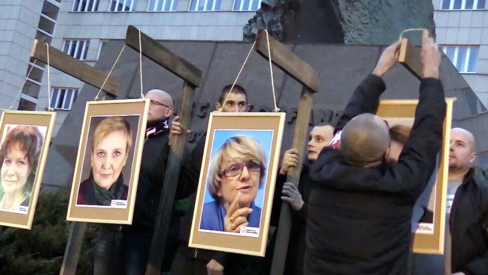 """Parlament Europejski chce """"zakazu działalności grup neofaszystowskich i neonazistowskich"""""""