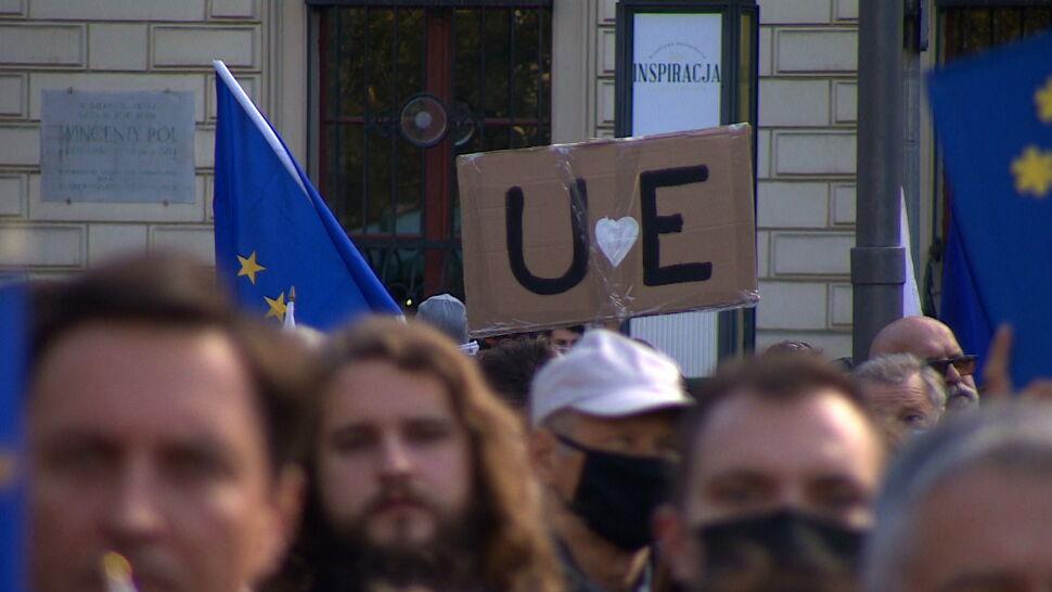 Miażdżąca większość Polaków jest zadowolona z członkostwa w Unii Europejskiej