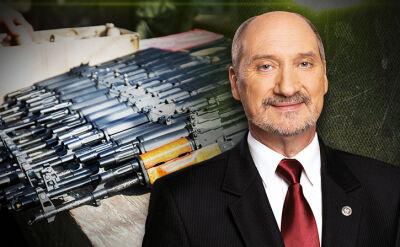 """MON będzie mogło przekazać broń organizacjom proobronnym. Opozycja: to projekt """"kałach plus"""""""