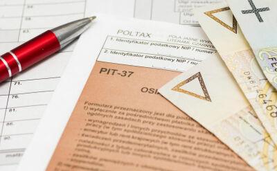 Rząd przyjął zmiany w podatkach. Nowy PIT ma wynosić 17 procent