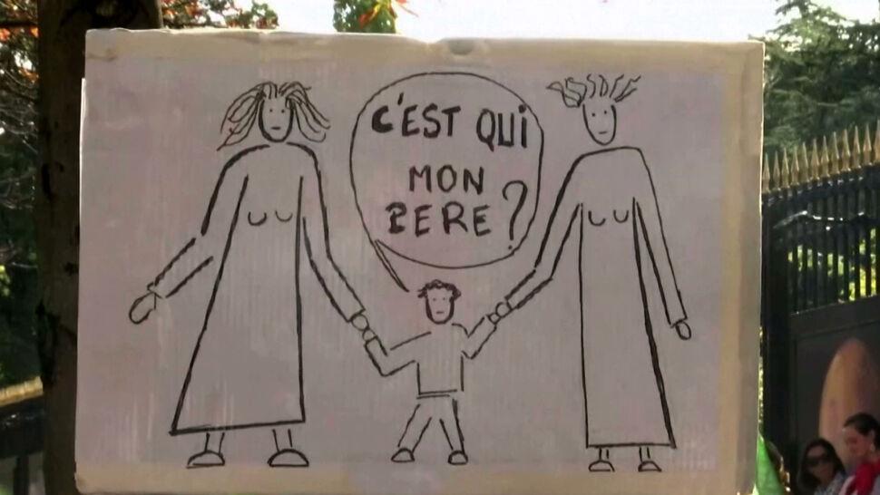 """Francuzi protestują przeciw rozszerzeniu prawa do in vitro. """"Potrzebujemy zarówno matki jak i ojca"""""""
