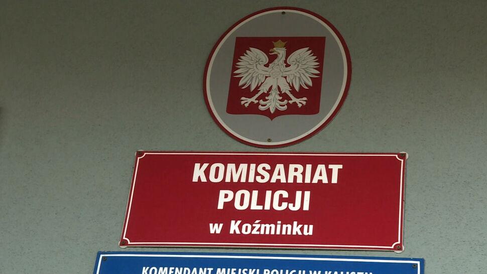 Policjanci zwolnieni po tym, jak zostali przyłapani na spaniu na służbie