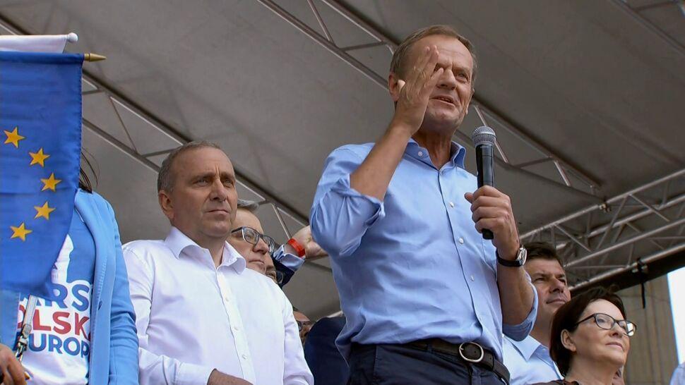 """Wracają pytania o powrót Tuska do krajowej polityki. """"Potrafi wygrywać jak nikt z nas"""""""