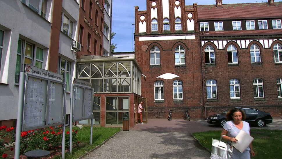 Afera fakturowa w Inowrocławiu dotyka PiS. PiS atakuje Krzysztofa Brejzę