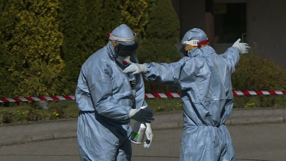 Kolejne przypadki SARS-CoV-2 w Polsce. Ministerstwo Zdrowia powołało specjalny zespół