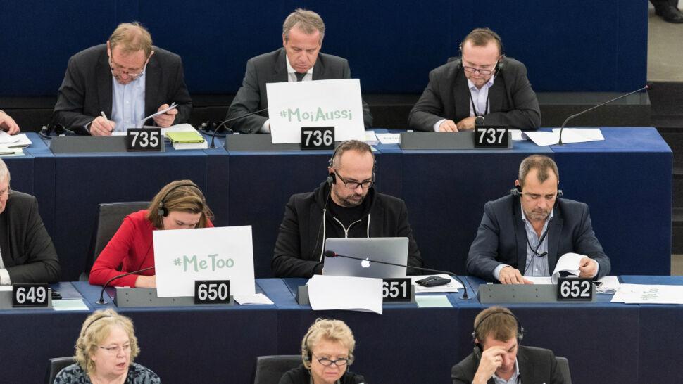 To nie tylko problem showbiznesu. Media: przypadki molestowania w unijnych instytucjach
