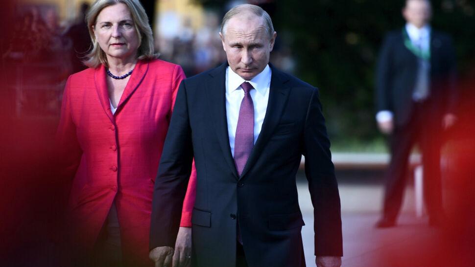 Putin na weselu szefowej austriackiego MSZ. Potem udał się do Niemiec