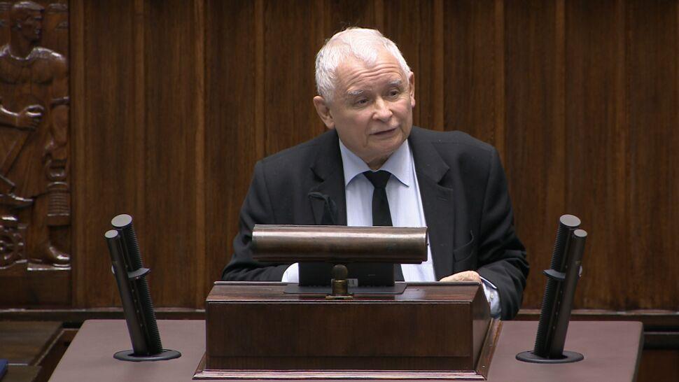 """""""Wielu z was będzie siedziało"""". Jarosław Kaczyński obwinia opozycję o strajki kobiet"""