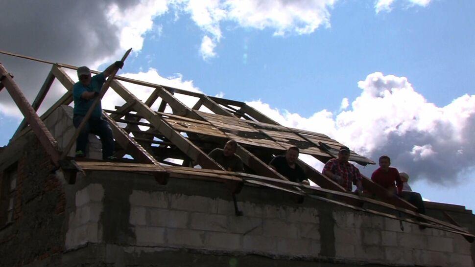 MSWiA: szacujemy, jakiej pomocy udzielić. Mieszkańcy pytają: kiedy ona nadejdzie?