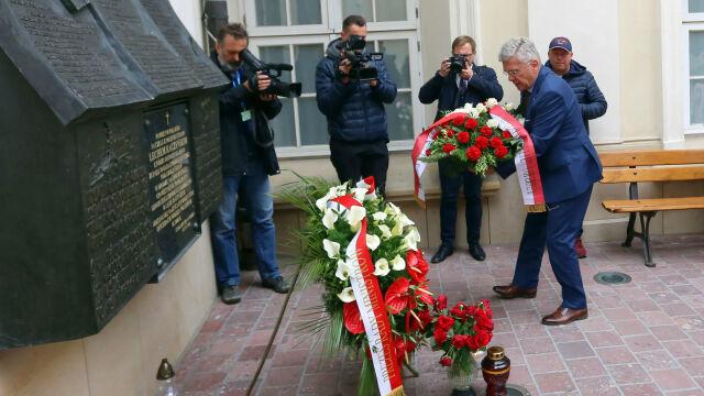 """Senat także przerwie posiedzenie.  """"To ubezpieczenie dla Kaczyńskiego i dla PiS"""""""