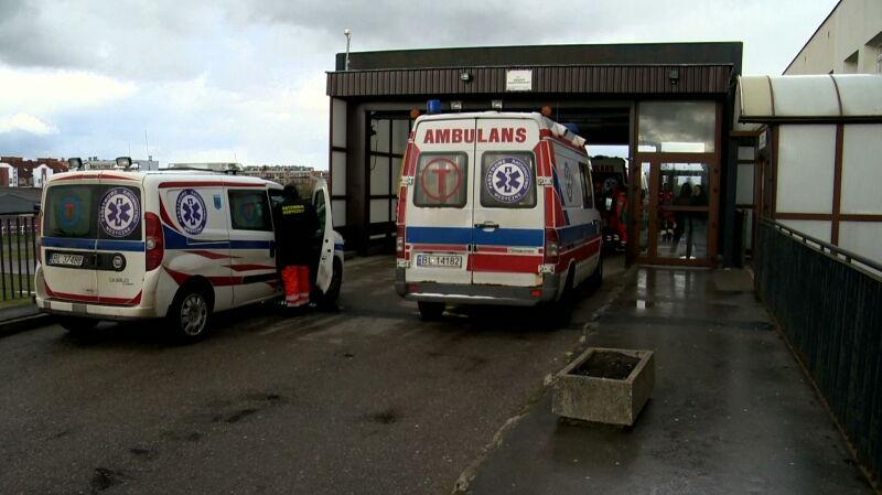 Szpital w Łomży zostanie przekształcony w szpital zakaźny. Jak przebiega ewakuacja?
