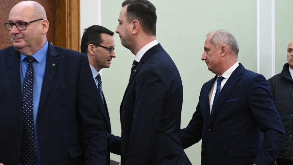 Spotkanie premiera z klubami. Zabrakło Petru i Kaczyńskiego