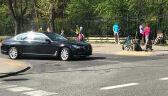 Wypadek z udziałem samochodu SOP. Auto uderzyło w rowerzystkę, ranna w szpitalu